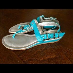 Bandolino Shoes - Bandolino Buckle T-Strap Sandal